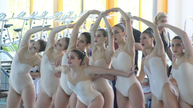 Sincro, grandissima soddisfazione per le ragazze di Azzurra Race Team alla finale del campionato interregionale Confsport